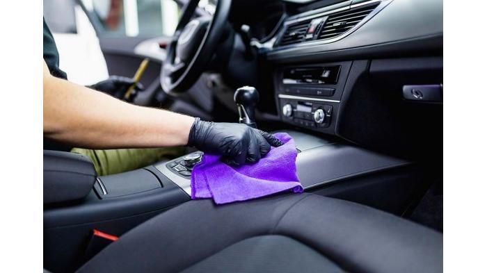 4 Cara Membersihkan Interior Mobil agar Terlihat Baru