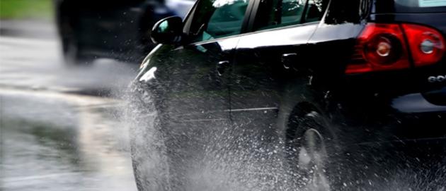 Tips Perawatan Mobil Di Musim Hujan
